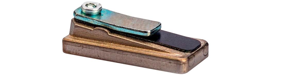 Compressor reed valves